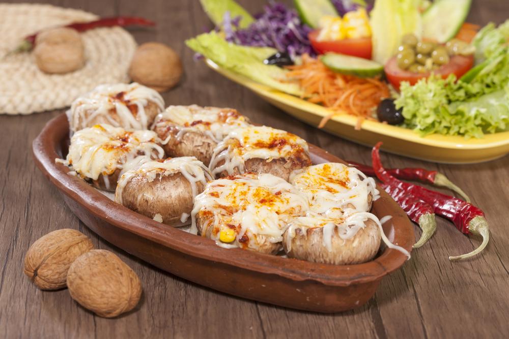 Грибы с сыром и лисичками фото