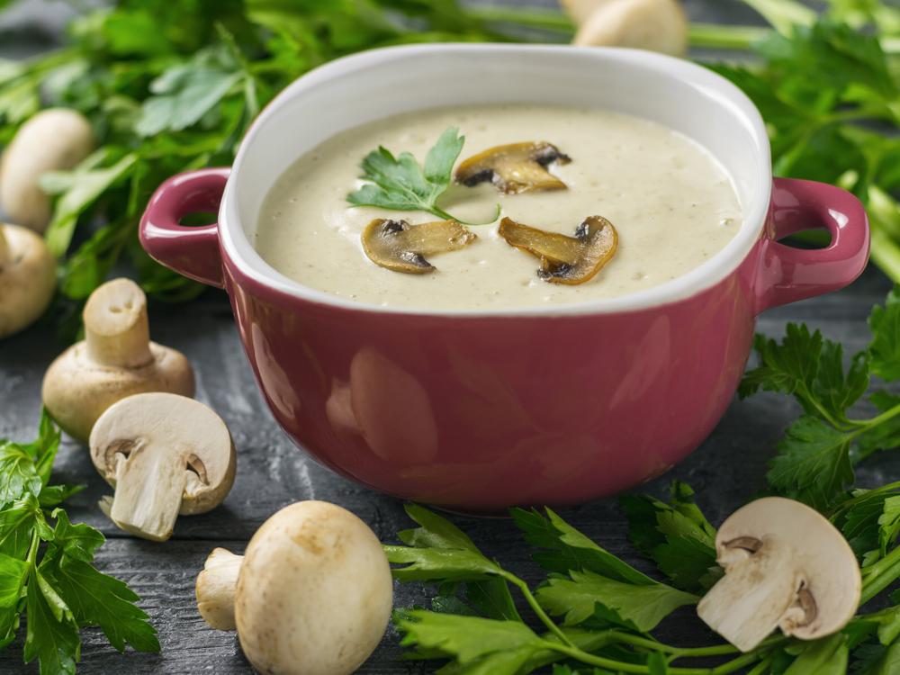 Сливочный крем-суп из шампиньонов фото