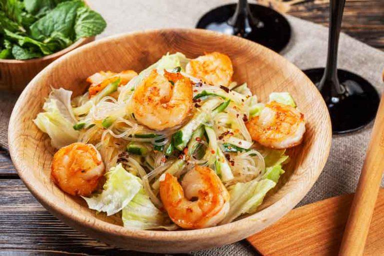 Предлагаю приготовить классическое тайское блюдо.