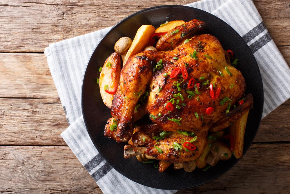 Курица запеченная с грибами и картофелем фото