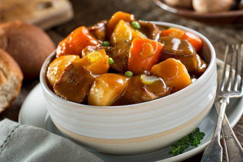 Овощное рагу с говядиной фото