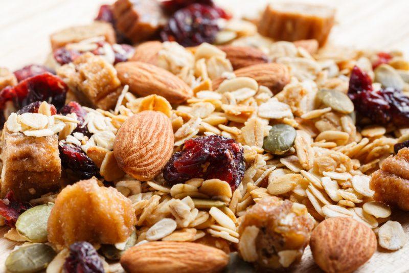 Овсяная каша с фруктами и орехами рецепт