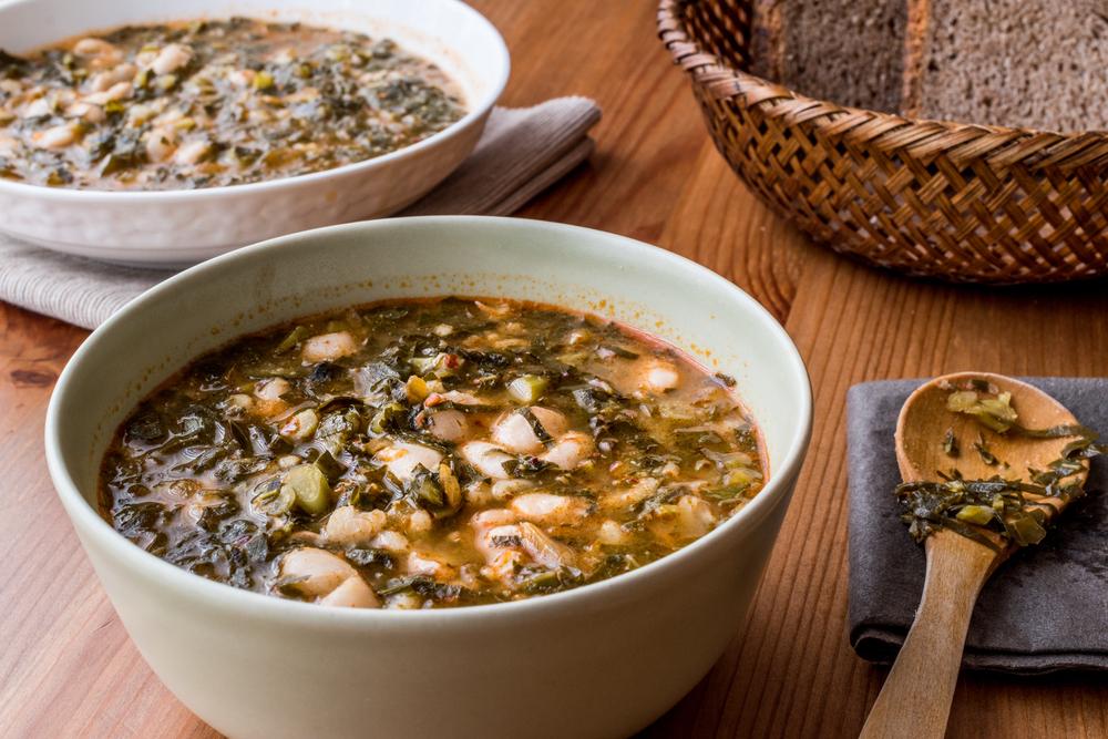 Фасолевый суп с грибами и беконом рецепт