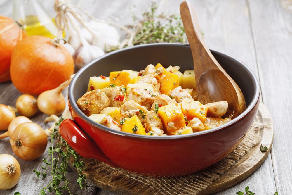 Курица с картошкой и овощами фото