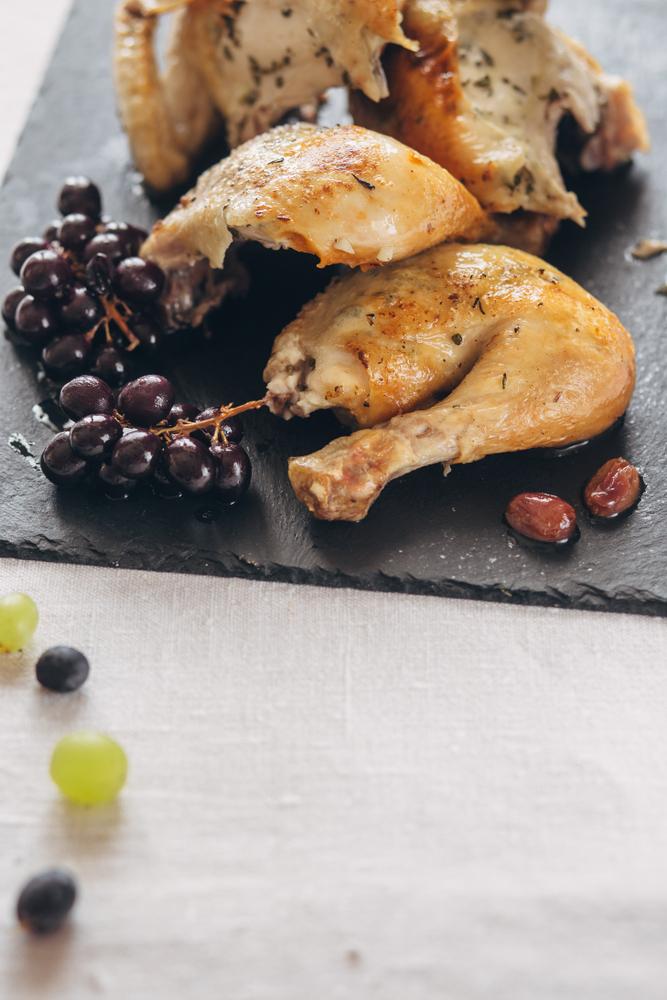 Курица с виноградом фото