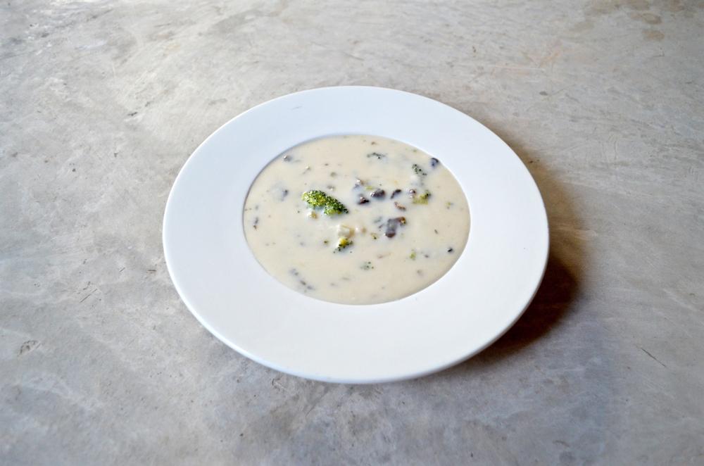 Суп с брокколи и шампиньонами рецепт