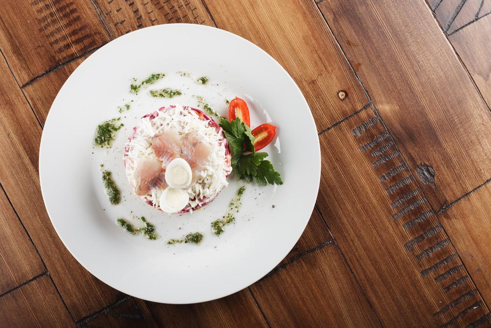 Селедка под шубой с лососем рецепт