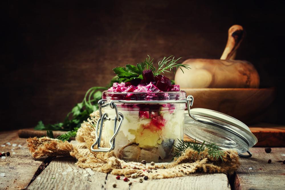 Селедка под шубой с яблоками рецепт