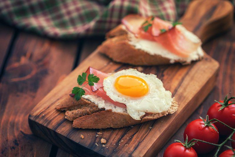 Канапе с перепелиным яйцом рецепт
