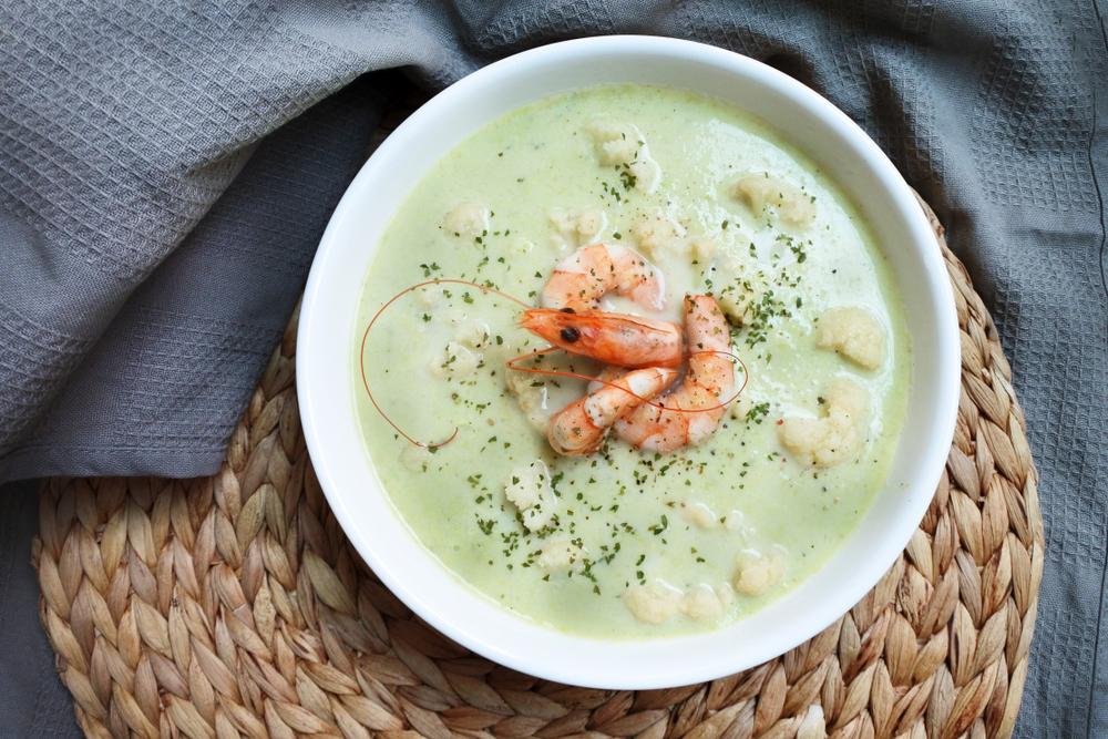 Суп из консервированного горошка с креветками рецепт