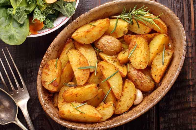 картофель запеченный в микроволновке быстро и просто