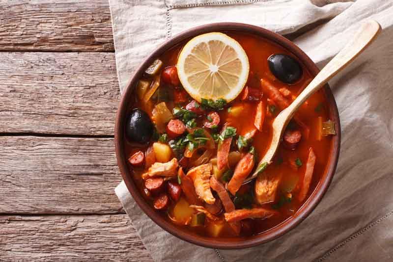 Солянка с сосисками рецепт