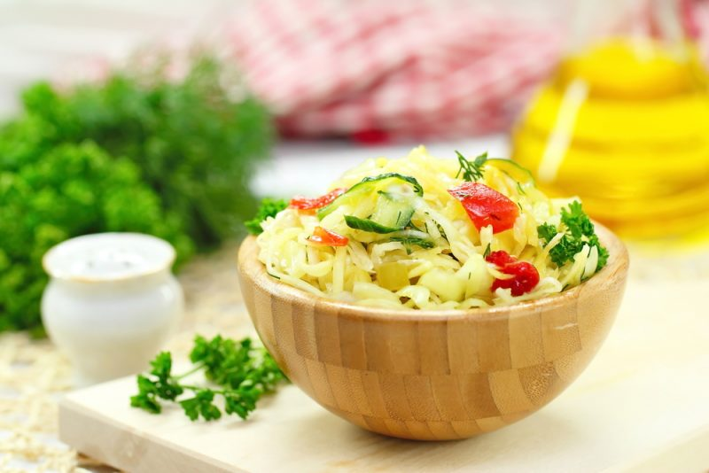Салат из огурца и капусты рецепт