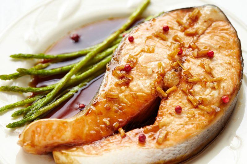 Фото лосося в медово-имбирном соусе