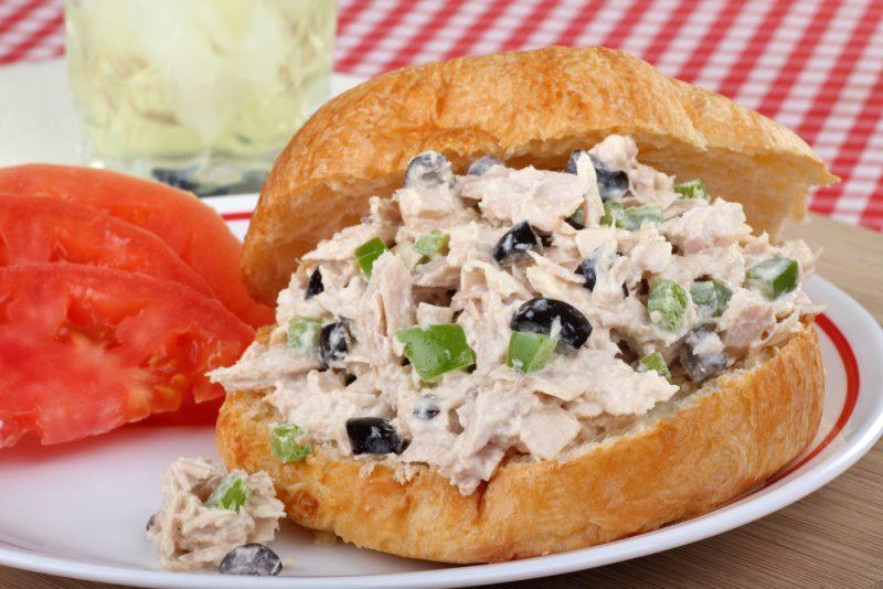 Фото бутерброда с авокадо