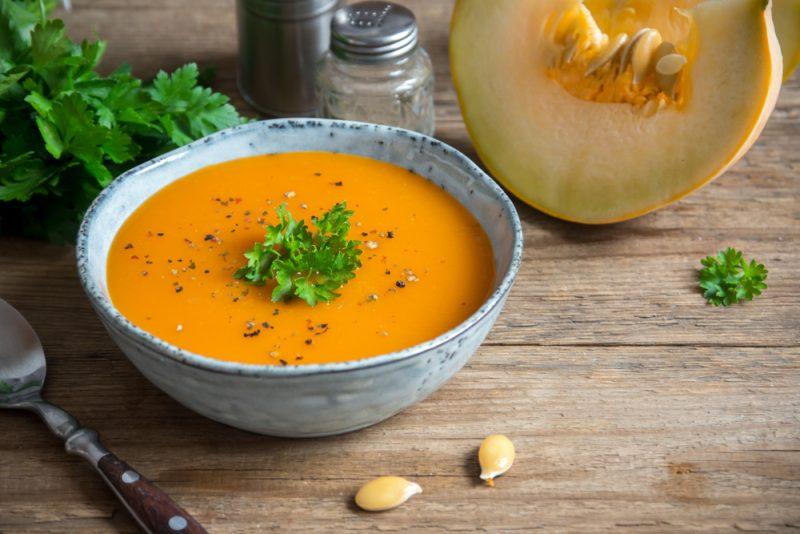 Морковный суп классический фото