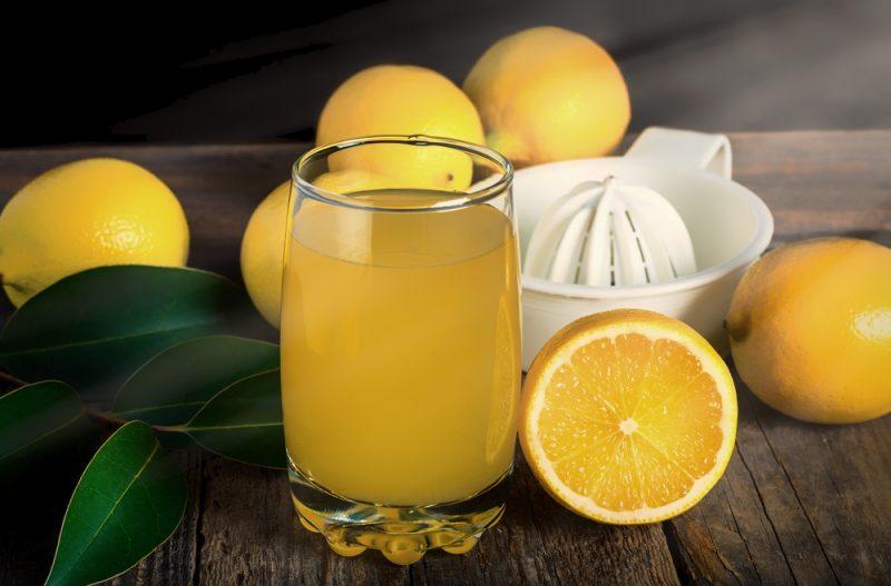 Сок из лимонов