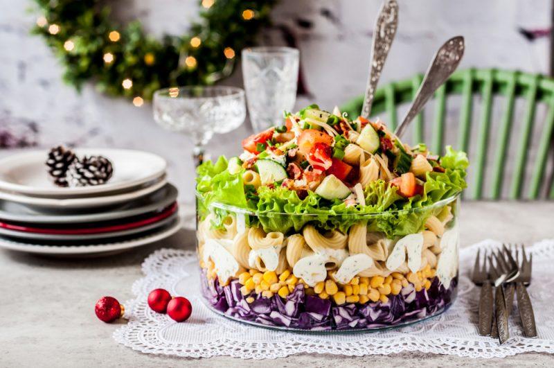 Новогодний салат: фото