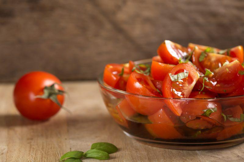 Томатный салат: фото