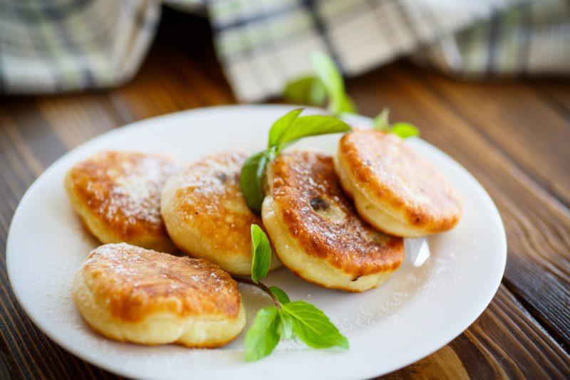 Сырники с лимонной цедрой: фото