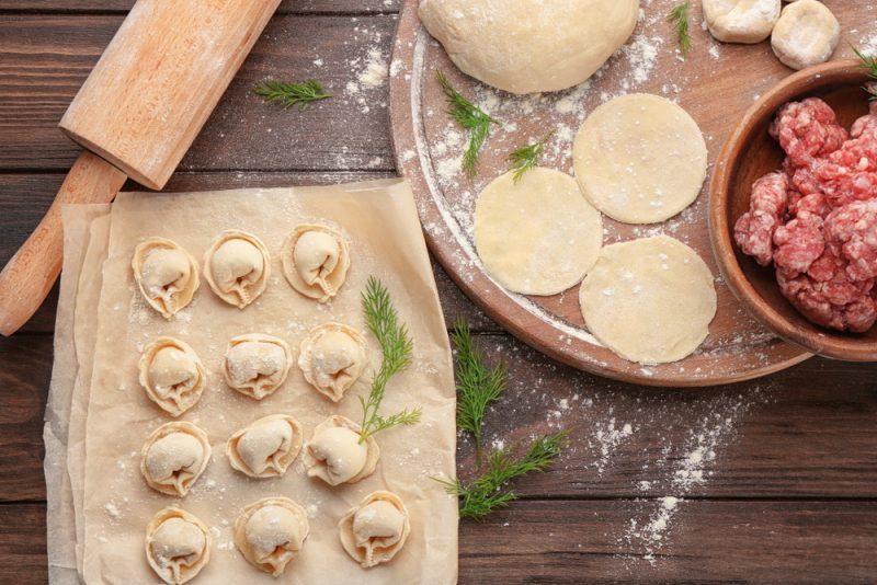тесто для пельменей с добавлением манки