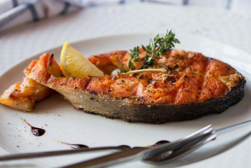 Горбуша, жаренная на сковороде: рецепт с фото