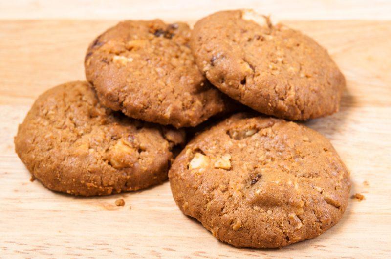 Домашнее овсяное печенье без выпечки