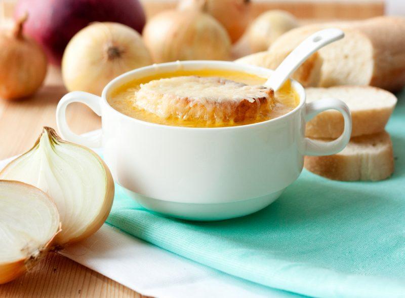 Луковый суп с мясным фаршем: фото