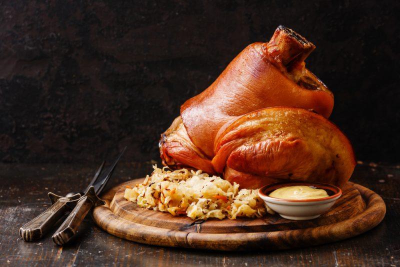 Свиная рулька: рецепт с фото