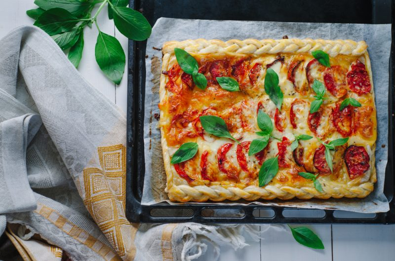 Слоеная пицца на скорую руку