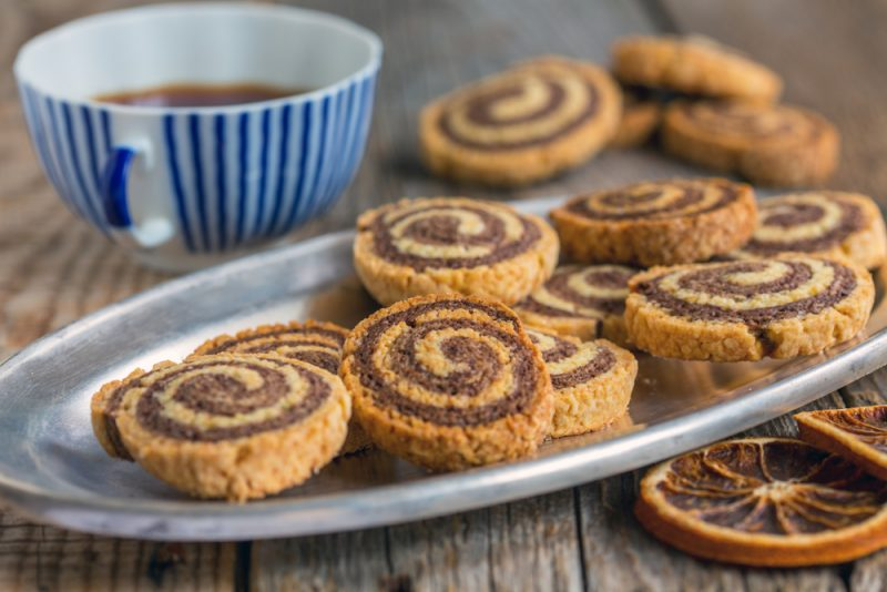 Двухцветное песочное печенье: фото