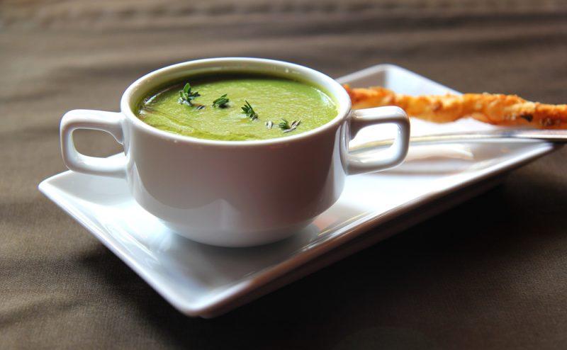 Диетический суп с брокколи: рецепт