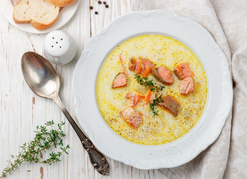 Рыбный суп с моллюсками: фото