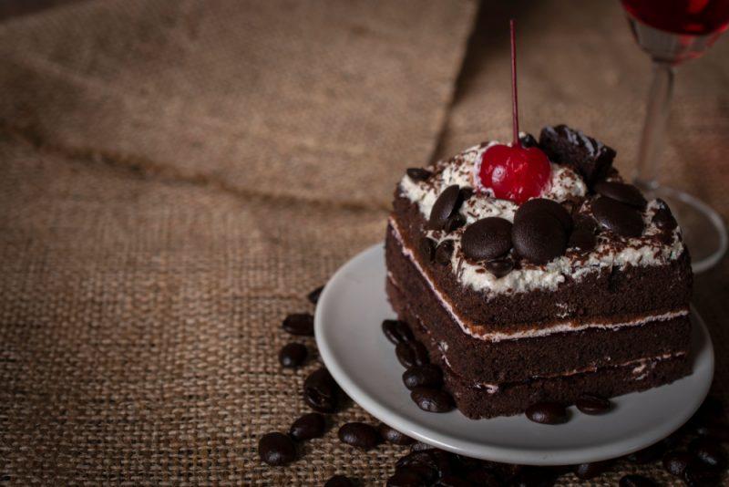 Торт Чёрный лес со сливочным кремом