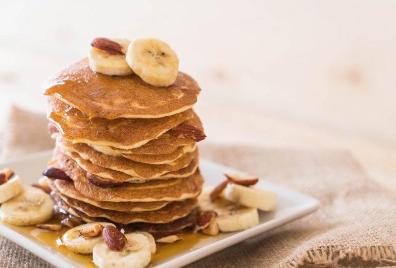 Панкейки с бананами: рецепт