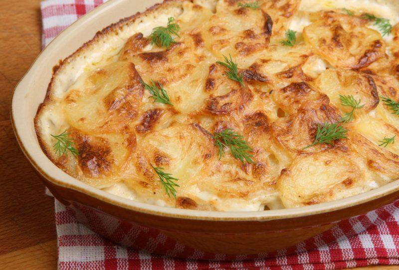 Картофельная запеканка с палтусом: рецепт