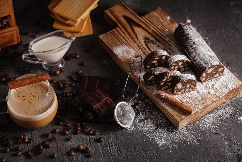 Шоколадная колбаса: рецепт с фото