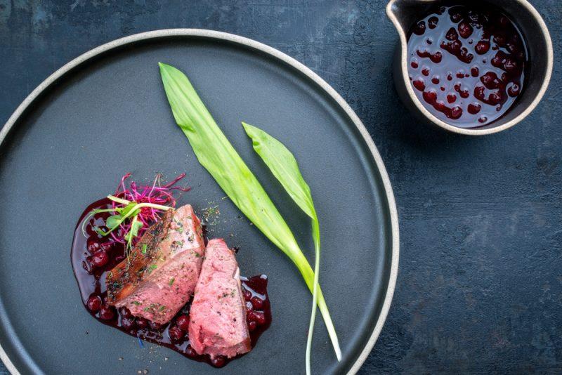 Брусничный соус к мясу: рецепт