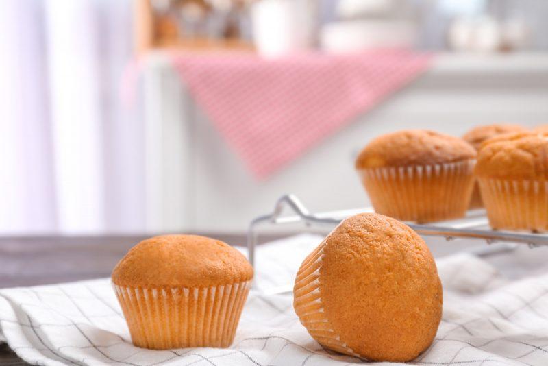 Легкий творожный кекс: диетический рецепт с овсянкой