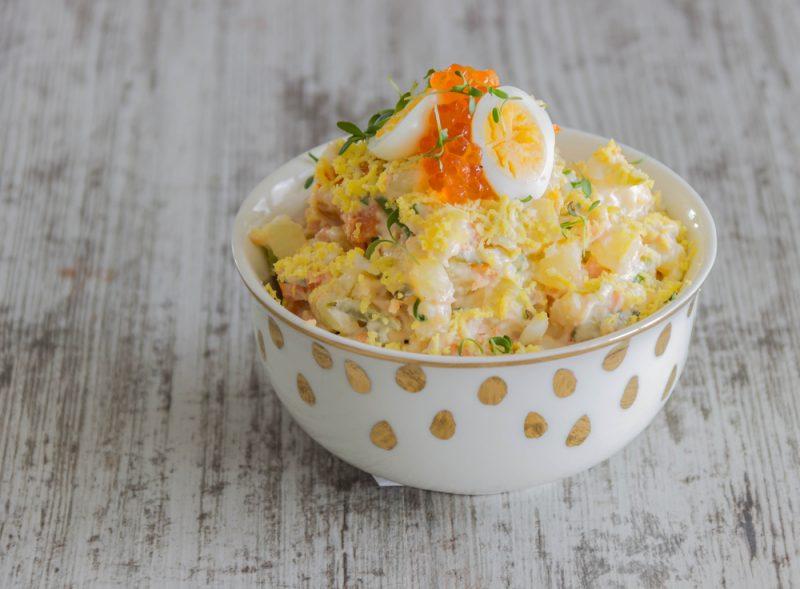 Рецепт салата мимоза с рисом и печенью трески