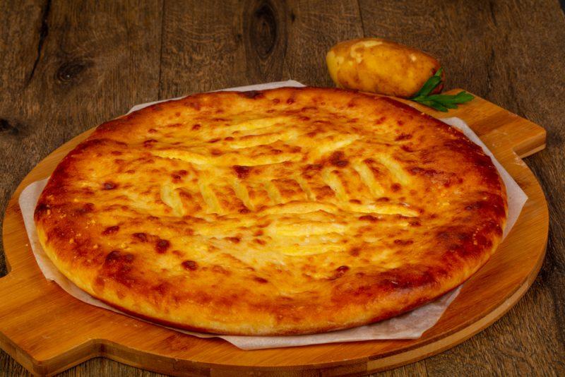 Картофельные осетинские пироги в духовке: фото