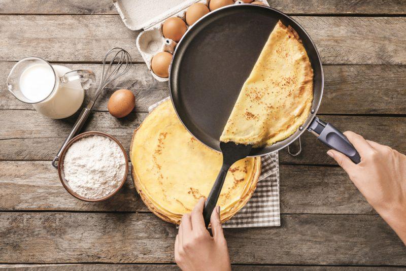 Закусочный блинный торт: рецепт