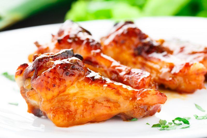 Куриные крылья запеченные в духовке с куркумой и мускатным орехом - рецепт пошаговый с фото