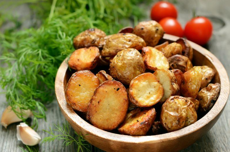 Аппетитные рецепты картофеля по-деревенски в духовке
