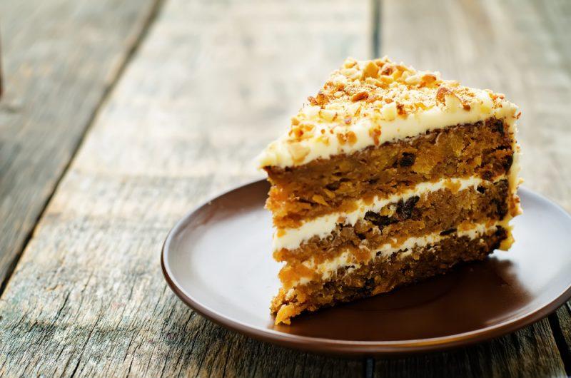 Необычный морковный торт: самый простой и вкусный рецепт с карамелью