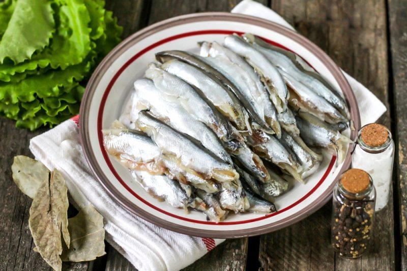 Севиче из мойвы: рецепт с фото