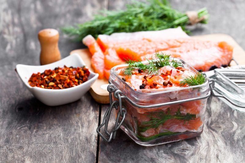 Семга слабосоленая по-скандинавски: рецепт