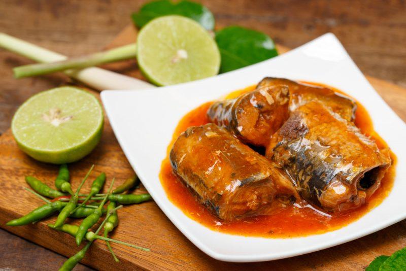 Рыбный день: рецепт тушенки
