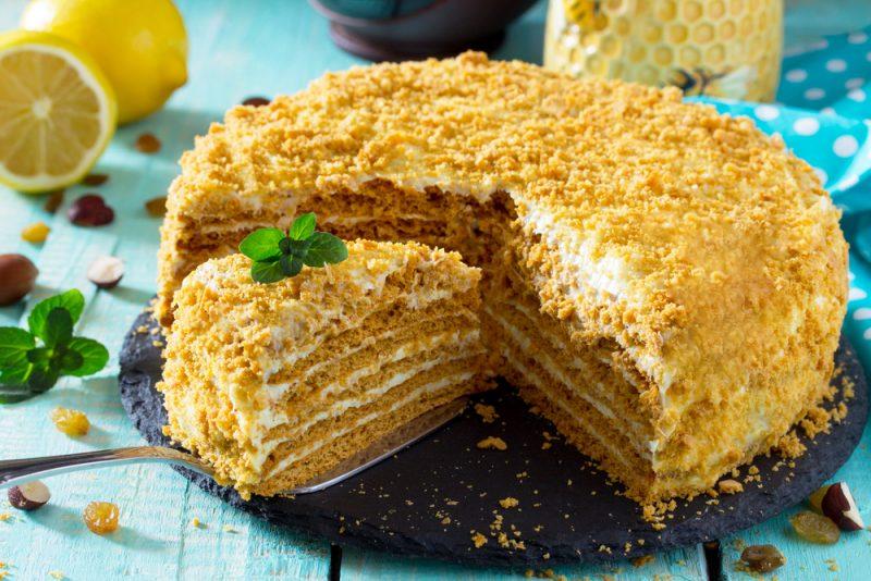 Медовик: классический рецепт любимого торта