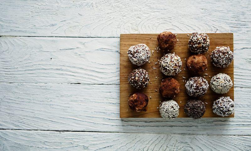 Конфеты из чечевицы и сухофруктов: рецепт с фото